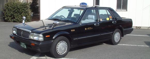 東京のタクシー初乗りが410円に!でも長距離は割高に……